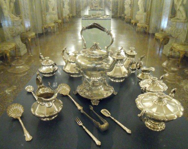 Sabato 4 luglio a palazzo reale dalle 20 alle 24 domenica 5 luglio c 39 domenicalmuseo ingresso - Specchi riflessi testo ...