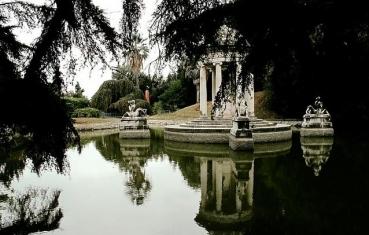 il laghetto nel parco di villa Durazzo Pallavicini