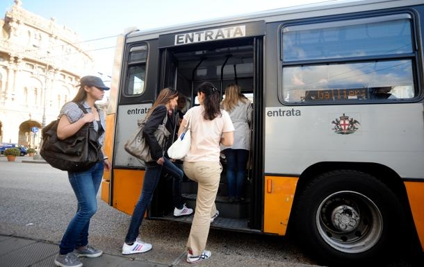 salita in bus