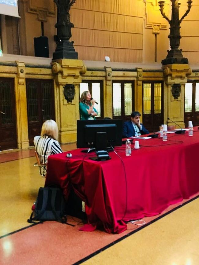assessore Paola Bordilli che parla alla Sala