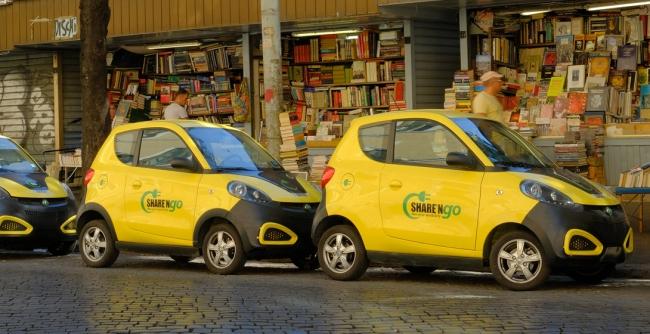 due auto della flotta