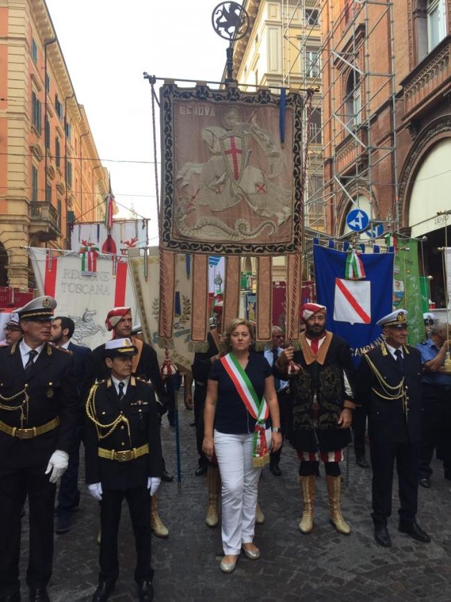 L'assessore Viscogliosi a Bologna in corteo