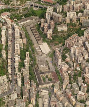 veduta aerea dell'area con al centro l'ex caserma
