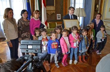 foto di gruppo bambini scuola d'infanzia Il Glicine