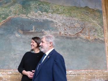Il commissario europeo Violeta Bulc con il sindaco Bucci