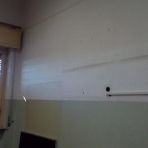 aula prima della tinteggiatura