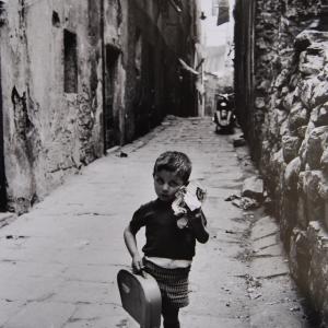Bambino nei vicoli, Genova 1966